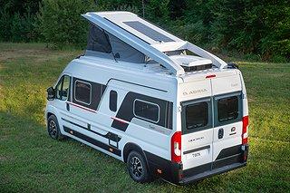 Husbil-halvintegrerad Adria Twin Sports 640 SLB 2 av 3