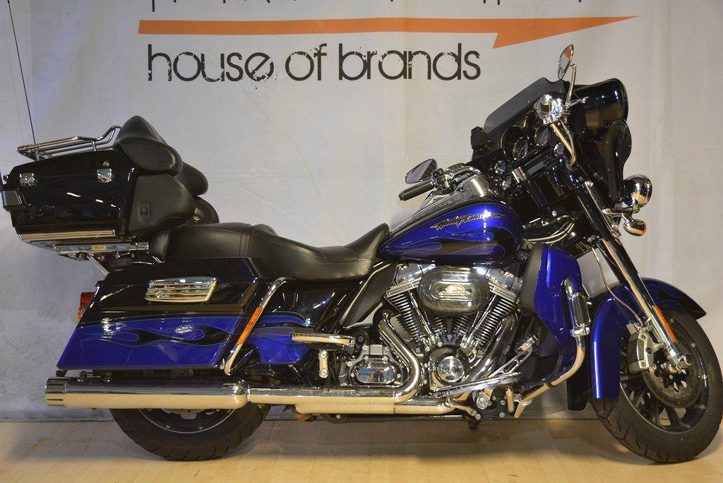 Harley-Davidson FLHTCUSE Ultra CVO