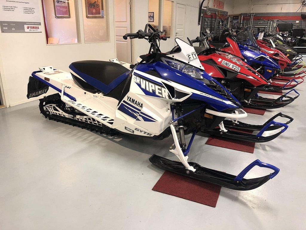 Yamaha SR Viper MTX 141