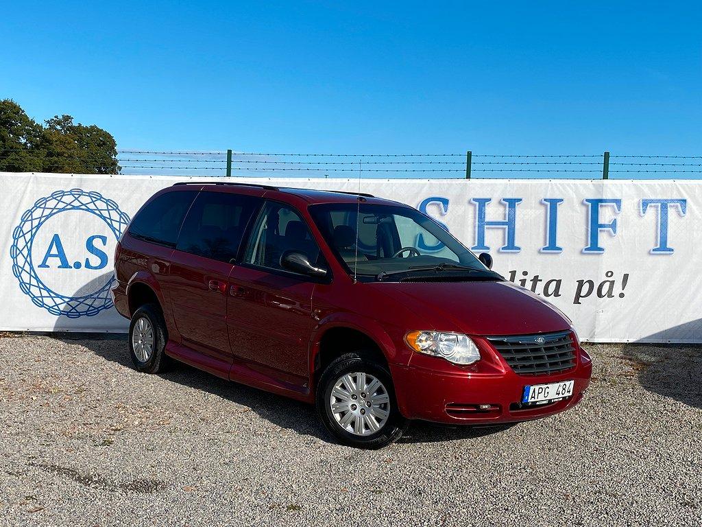 Chrysler Town & Country LWB 3.3 V6 182hk Handikappanpassad