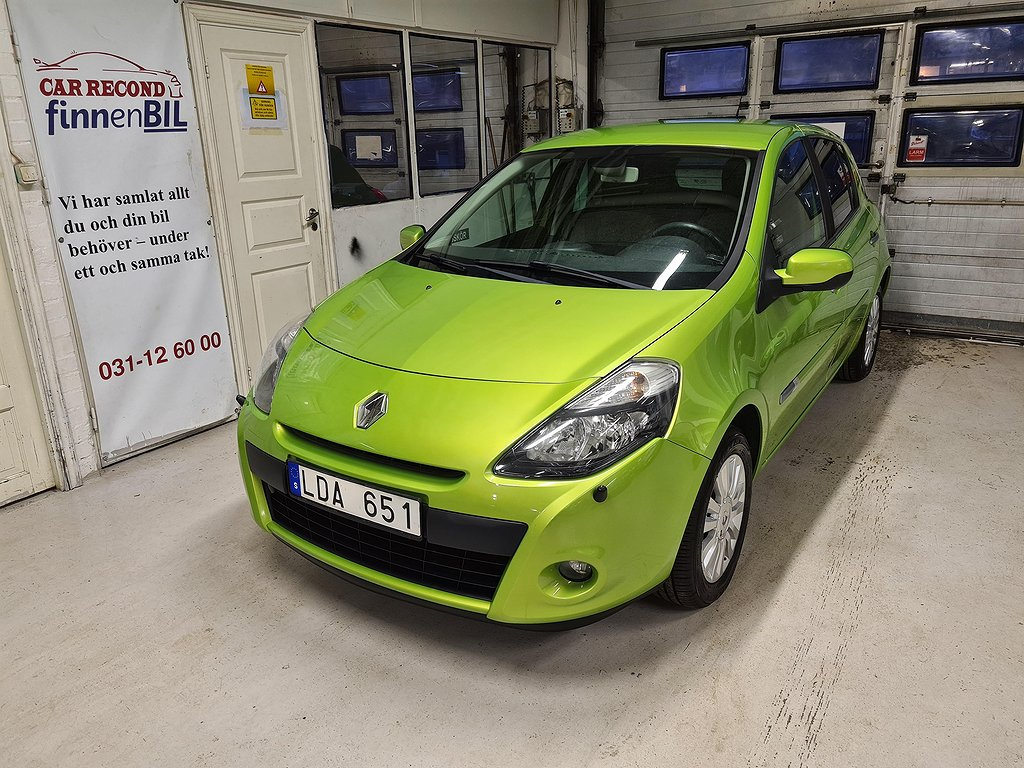 Renault Clio 1.2 5-dörrars Besiktad