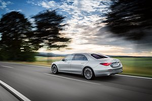 Mercedes-Benz S-Klasse, 2020, Outdoor, Fahraufnahme, Exterieur: Hightechsilber // Mercedes-Benz S-Class, 2020, outdoor, driving shot, exterior: hightech silver
