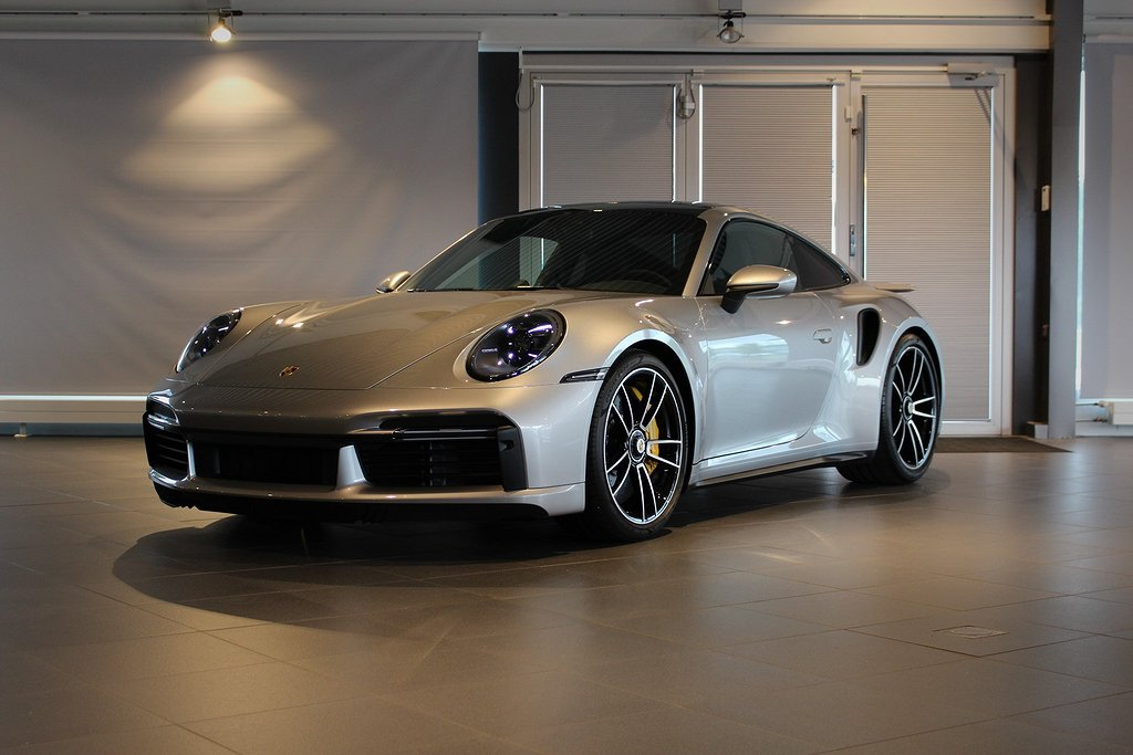 Porsche 911 992 Turbo S 650hk Svensksåld