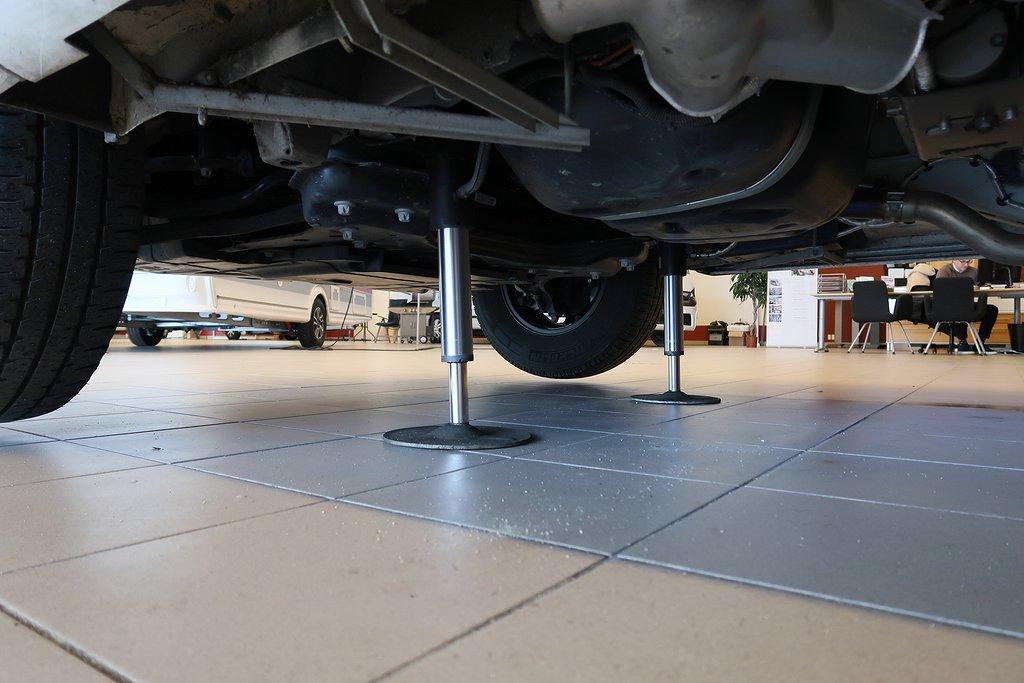 Husbil-integrerad Kabe TMI 910 Imperial QB 3 av 39