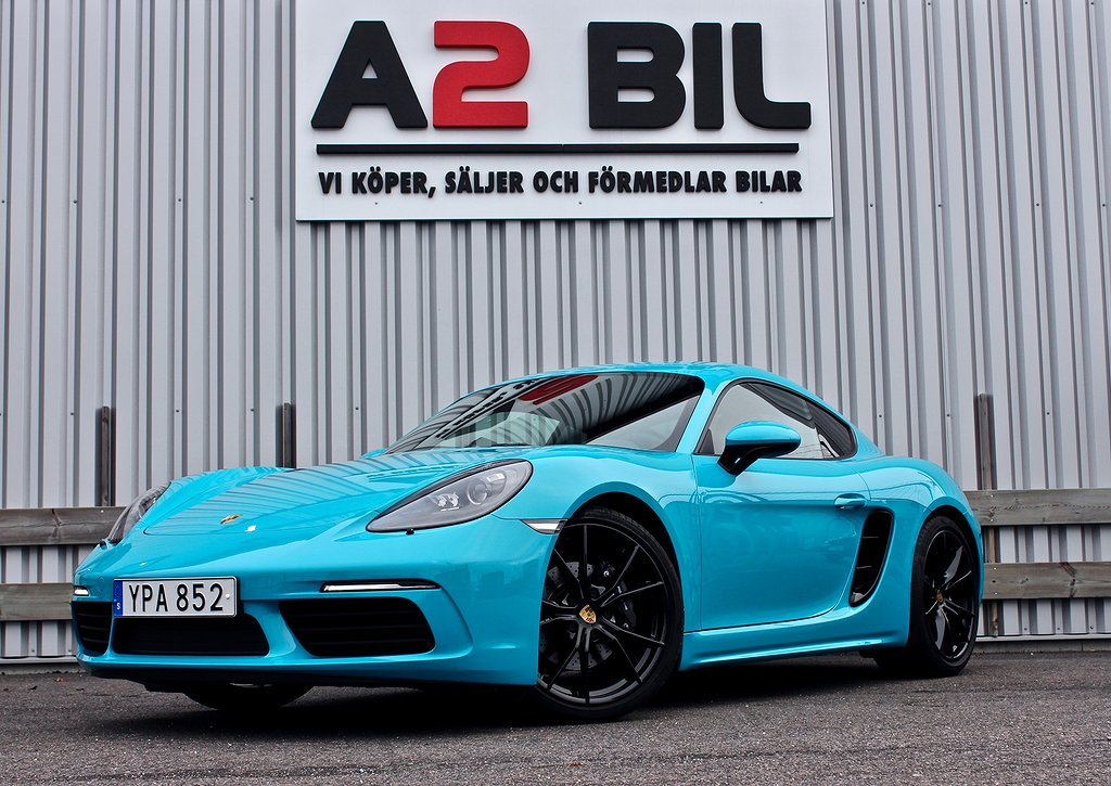 Porsche 718 Cayman Sport Chrono Miami Blue