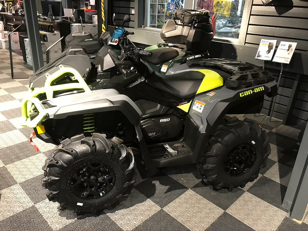 Can-Am OUTLANDER XMR 650 -21