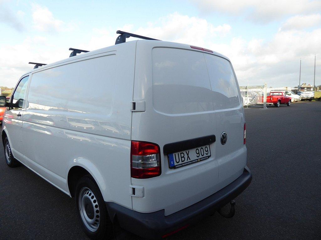 Volkswagen Transporter T5 Lång 140 HK Nyservad