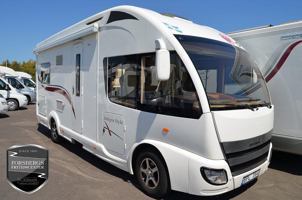 Eura Mobil I 670 SB / 3.0l 160hk / Ugn / Skinn / Solpanel / 7.01m