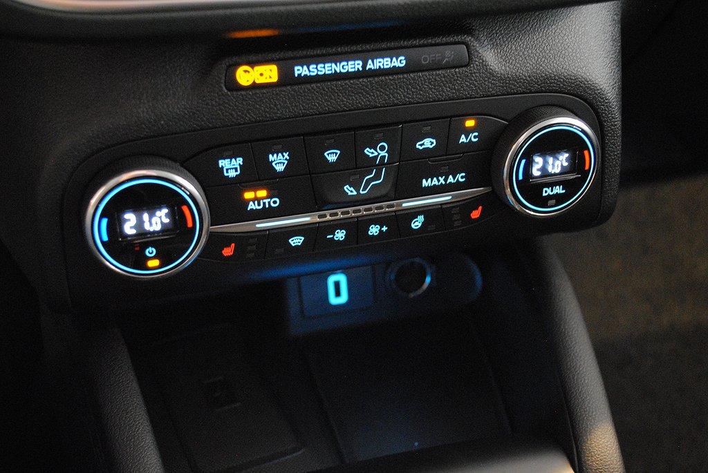 Ford Focus *1.95%ränta/5000kr i bränsle* Nya 1.0T EcoBoost 125hk Tita