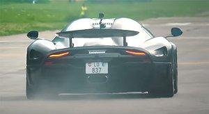 Video: Koenigseggs unika kolfiber-Regera i full fart