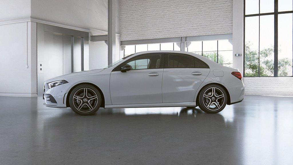 Mercedes-Benz A 180 sedan // AMG Styling