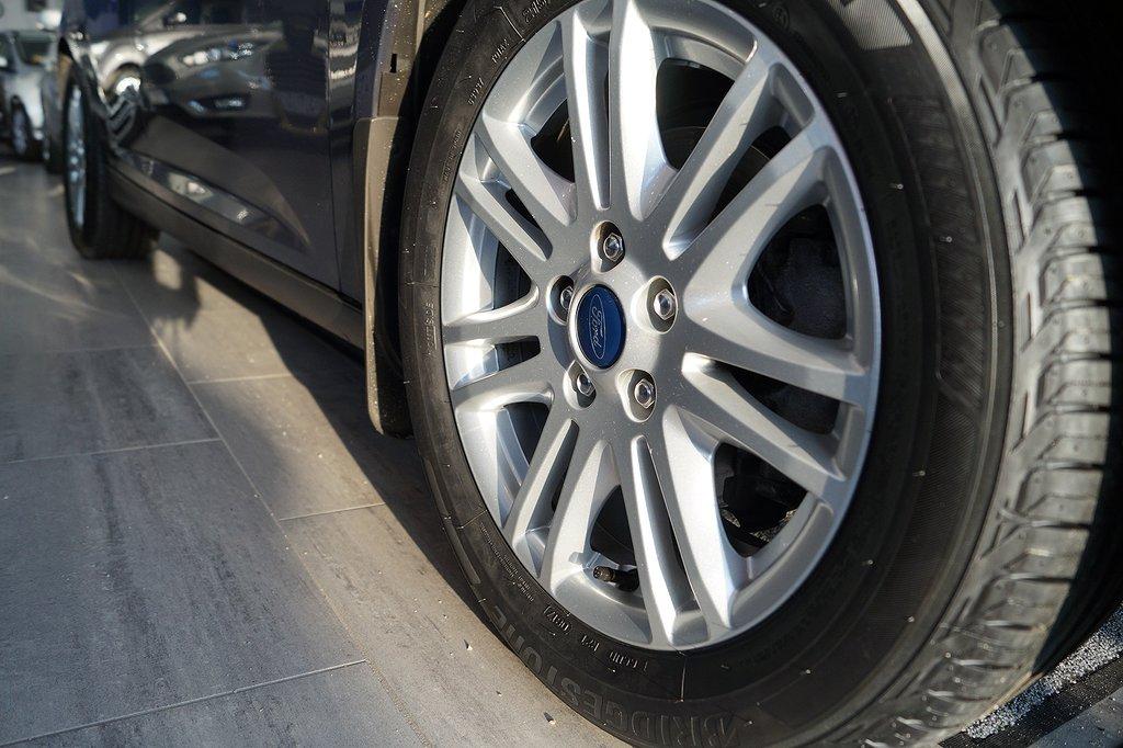 Ford Focus 1.0 EcoBoost 100hk Titanium 5dr