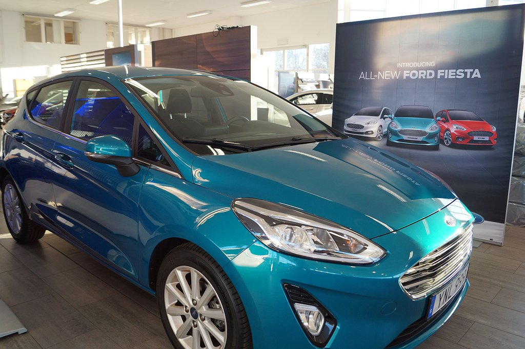 Ford Fiesta 1.0T EcoBoost Euro 6 100hk Titanium *Demo*