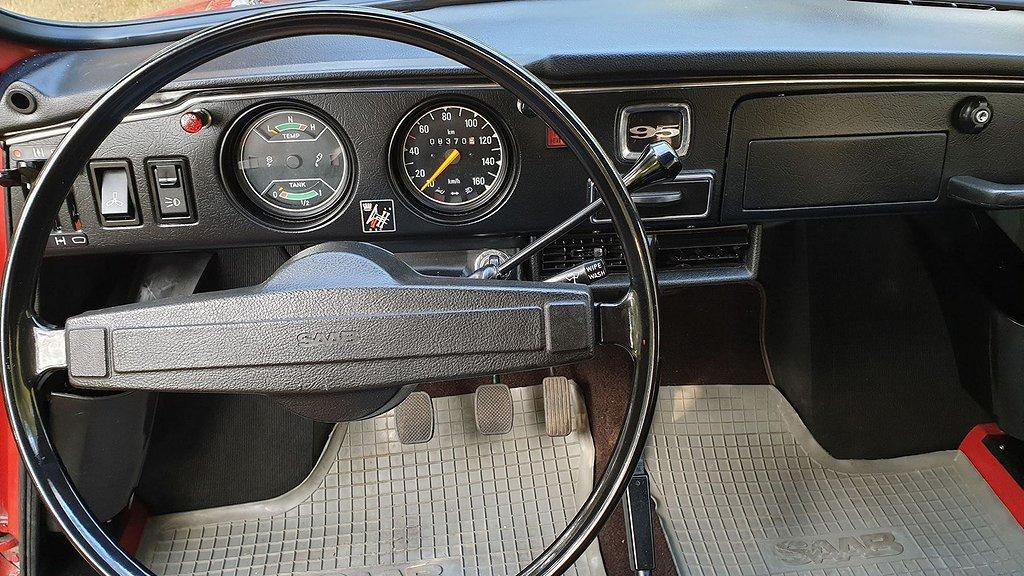 Framsätet på Saab 95