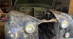 Svenske kungens Jaguar hittad i lada