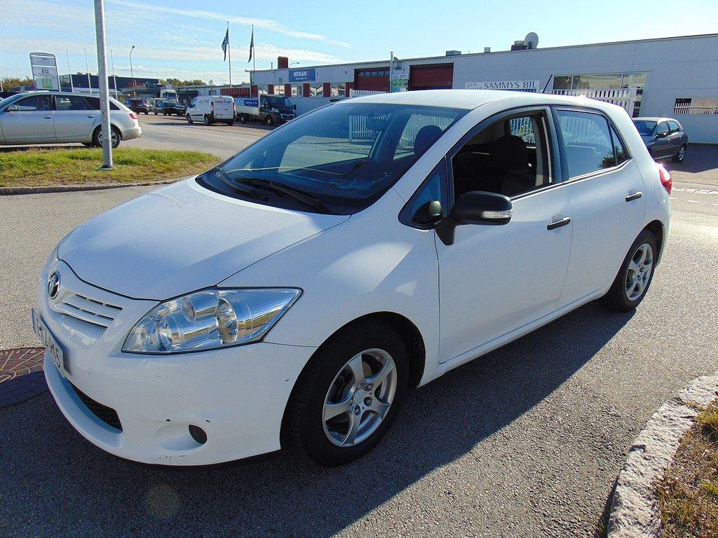 Toyota Auris 5-dörrar 1.33 Dual VVT-i 101hk
