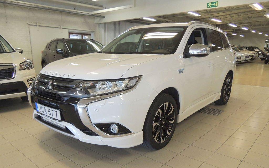 Mitsubishi Outlander P-HEV 2.0 CVT Hybrid 4WD Komfort Webasto 203hk