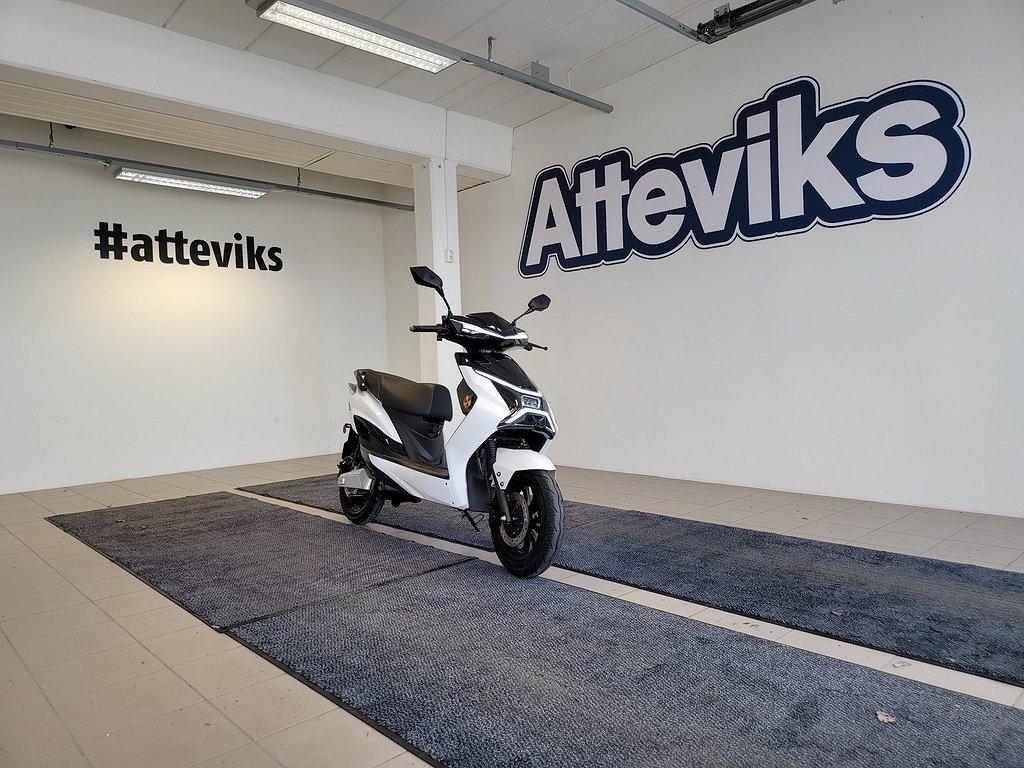 LV LX01 Grand Touring Elektrisk Moped (50-140Km) 3-Års Garanti