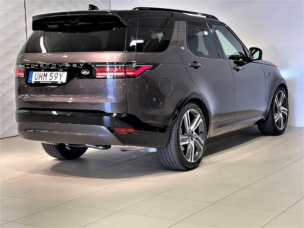 Land Rover Discovery D250 SE R-Dynamic Signature