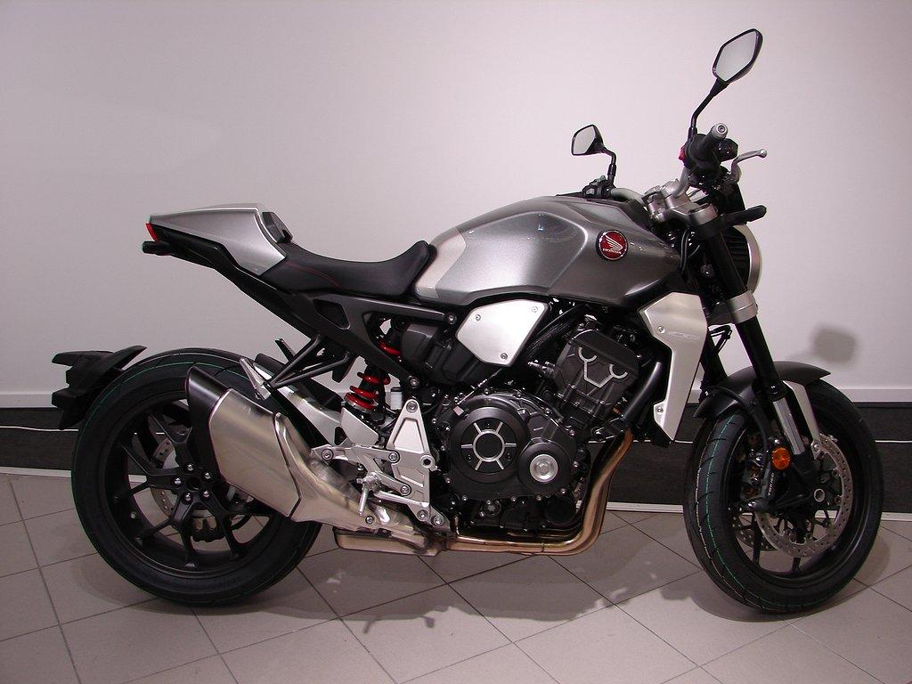 Honda CB1000R+  ABS  Ny! Slipon+Tailtidy Ring för bästa pris