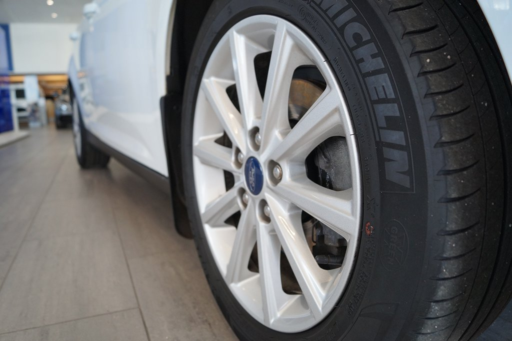 Ford Focus 1.5 TDCi Euro 6 95hk Titanium, Kombi, Drag