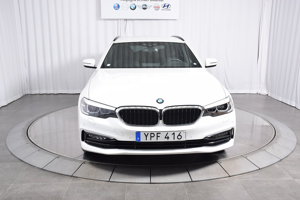 BMW 520 d xDrive Touring Sport LIne/ Navigation