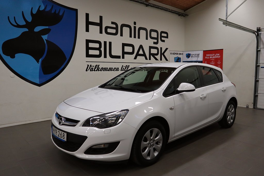 Opel Astra 1.6 Euro 6 115hk / NYSERVAD / NYBESIKTIGAD /