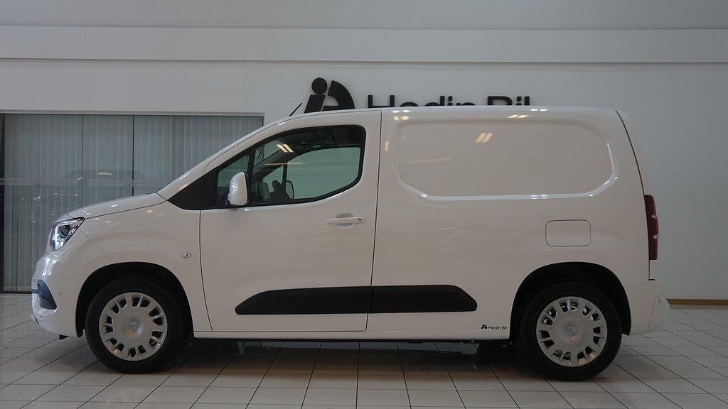 Opel Combo DEMO NAV *HedinBil Spånga*