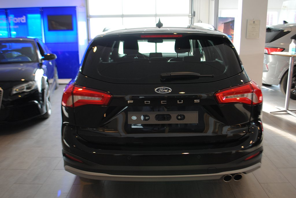 Ford Focus Active 1.0T Ecoboost 125hk Aut kombi *Demo*