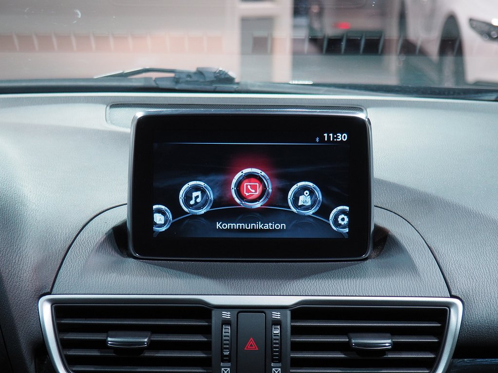 Mazda 3 Core 2,0 120hk 2015