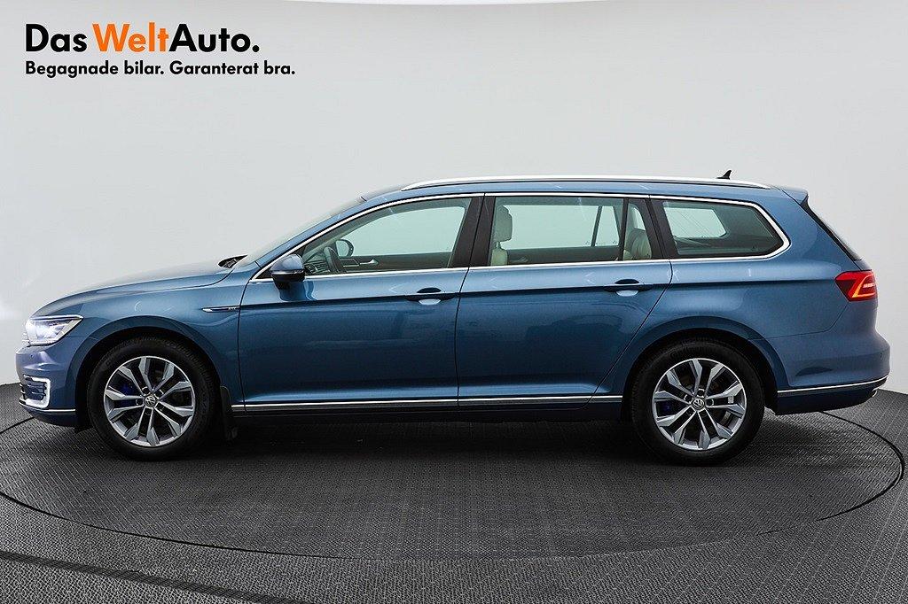 Volkswagen Passat Variant GTE DSG/P-värmare/Active Info/Drag