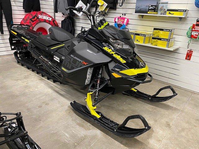 """Ski-doo Summit X 165"""" 850 E-TEC"""