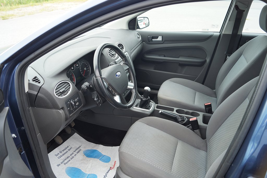 Ford Focus 1.6 Ti-VCT 115hk 5D