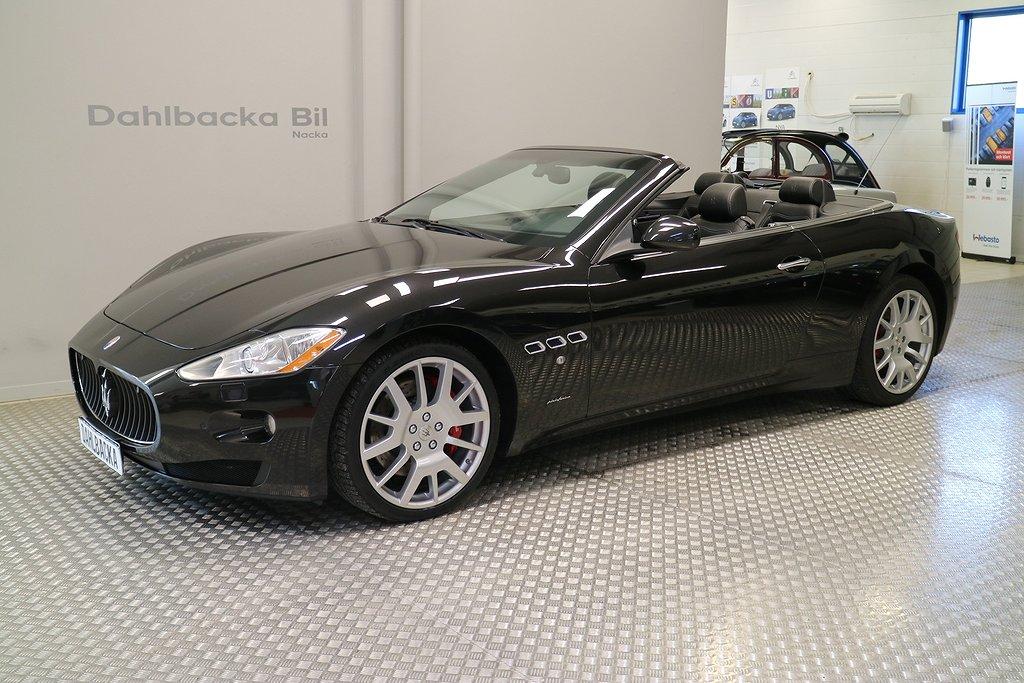 Maserati GranCabrio 4.7 V8  Automat 441hk