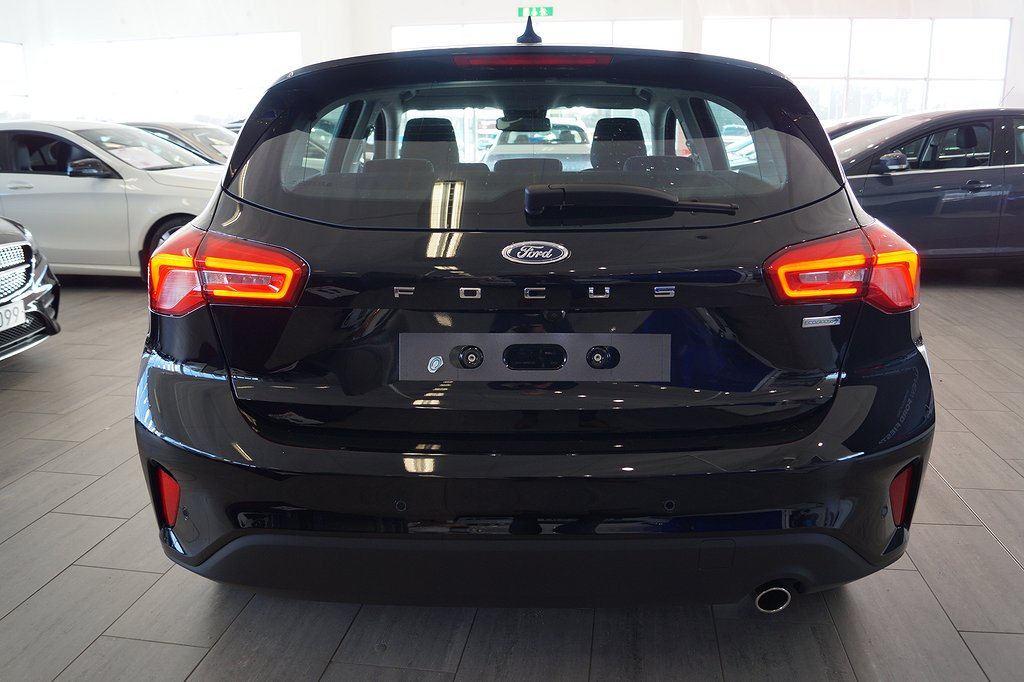 Ford Focus Nya 1.0T EcoBoost 125hk Titanium  Launch Edition 5dr