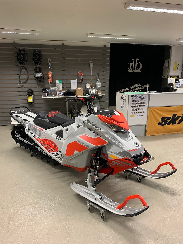 "Ski-doo Freeride 850 154"" (momsad)"