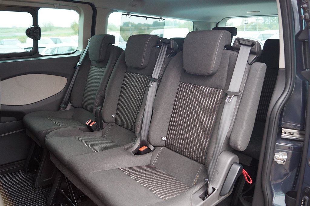 Ford Tourneo Custom 300 L2 9-sits 125hk