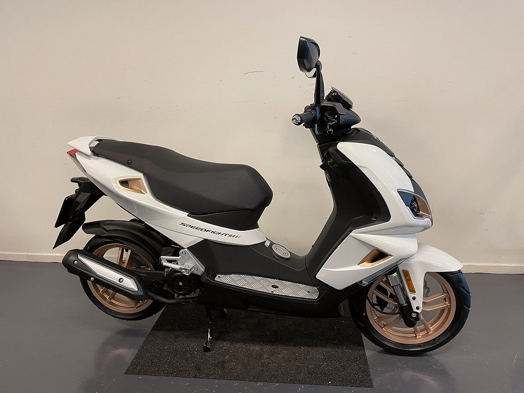 Peugeot SPEEDFIGHT 4 PURE ICY WHITE GOLD 4T