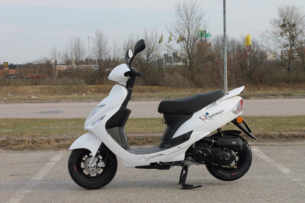 Vento Runner Vit Klass-2 25 Moped