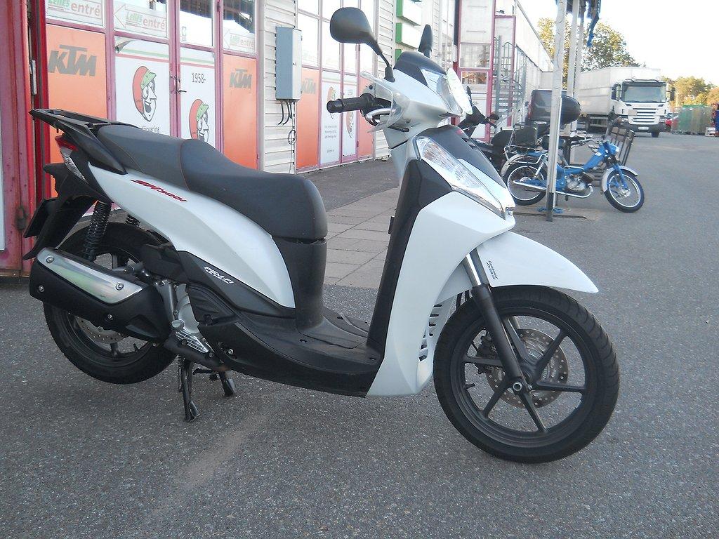 Honda SH300A