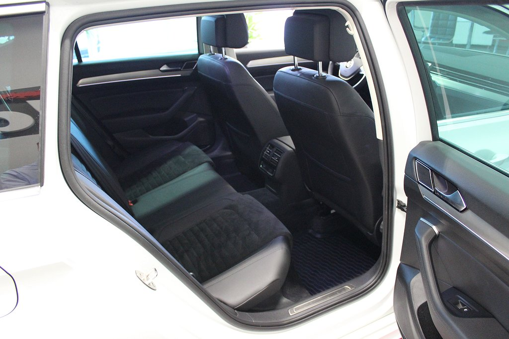 Volkswagen Passat, 2.0 TDI DSG R-Line Executive Business GT