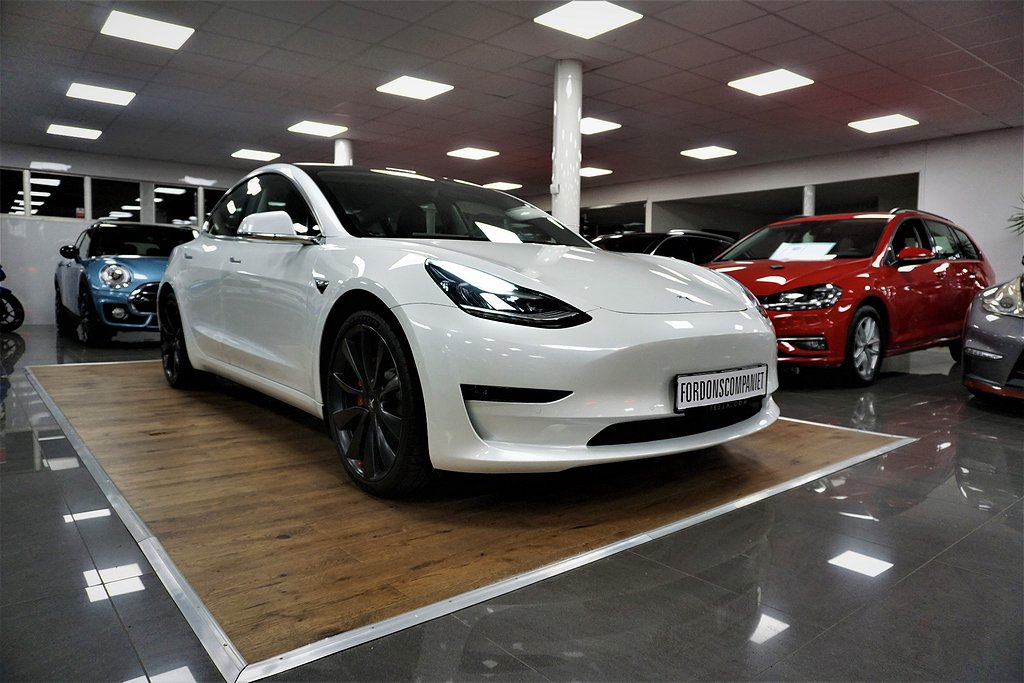 Tesla Model 3 Tesla Model 3, *Performance*, *Lågmil*