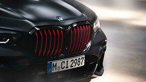 BMW X5 med Black Vermilion. Foto: BMW