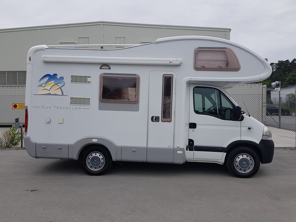 Renault KNAUS 550 SUN TRAVLLER/7000MIL/SOLCELL/NYSERV