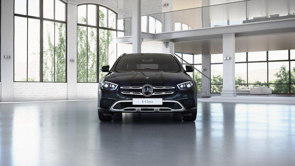Mercedes-Benz E 220d 4MATIC All-Terrain // Drag // Panoramatak