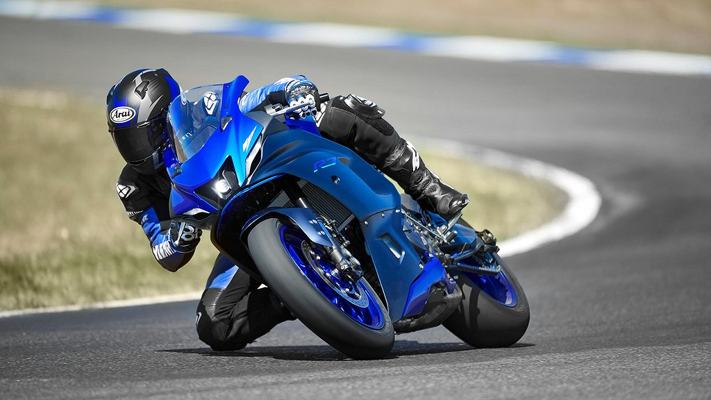 Yamaha R7 Äntligen! Förboka nu!