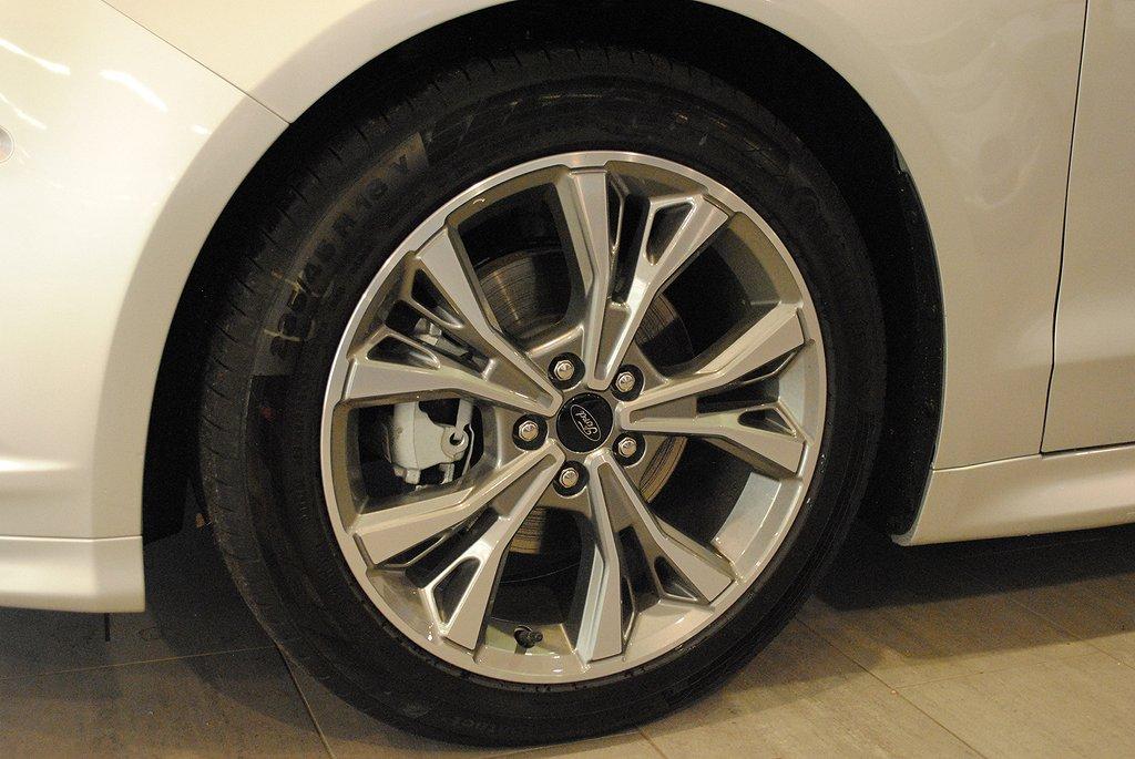 Ford Mondeo *2.95%ränta*2.0T 240hk ST-Line High*Demo*