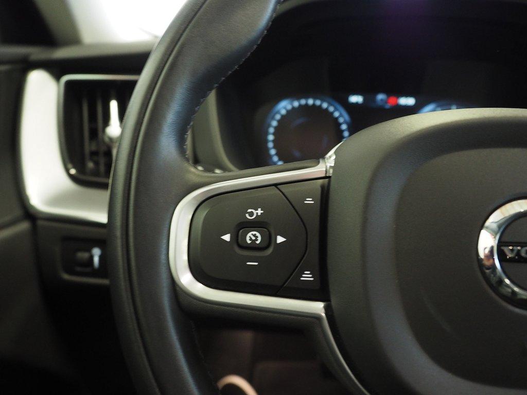 Volvo XC60 D4 AWD Aut Momentum Advanced Editio 190hk 2019