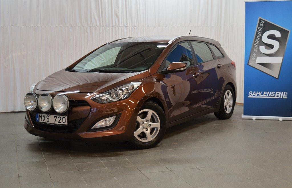 Hyundai i30 1.6 CRDi / Skatt 1416:- / 0.4 l/mil / Drag