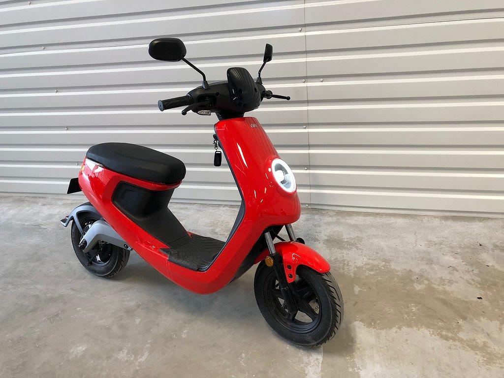 NIU M1 Pro EU45 *El-moped 10mils räckvidd